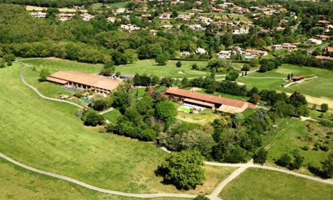 Estolosa Golf & Country Club